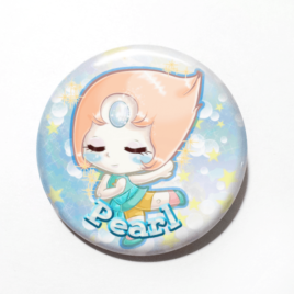 A cute chibi drawing by Came M. Anderson of Pearl from Steven Universe on a handmade button